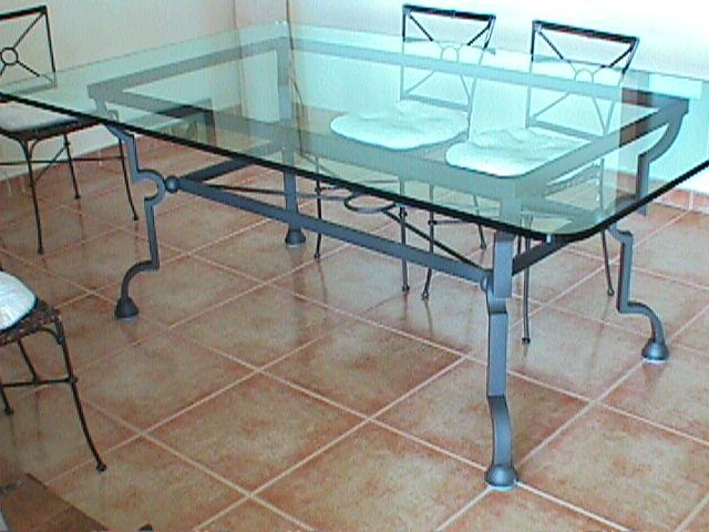 Talleres raluy mesas artesanales - Mesas de forja y cristal ...